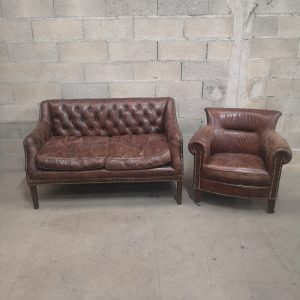 Canapé et fauteuil CHESTERFIELD authentique